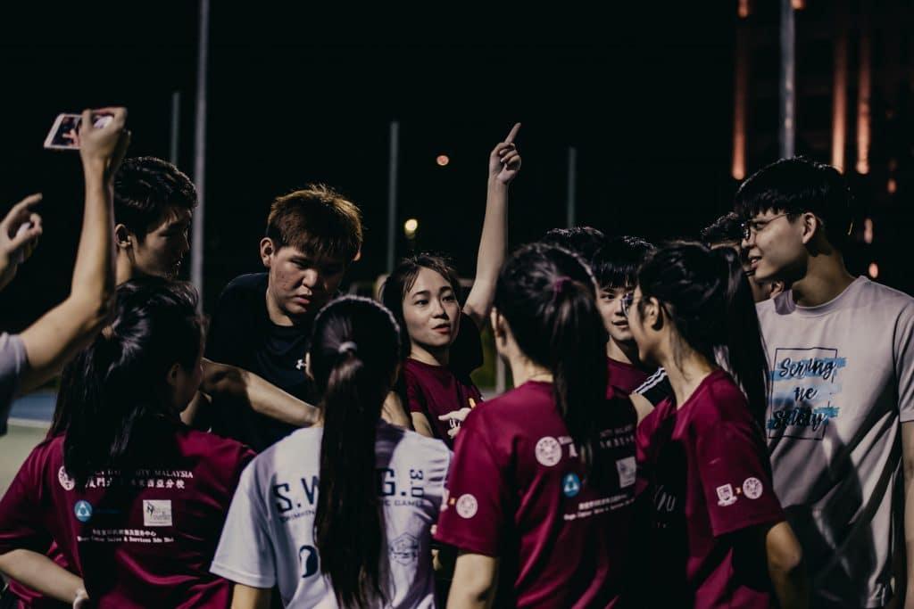 activité team building renforcer cohesion equipe travail ensemble objectif commun entreprise