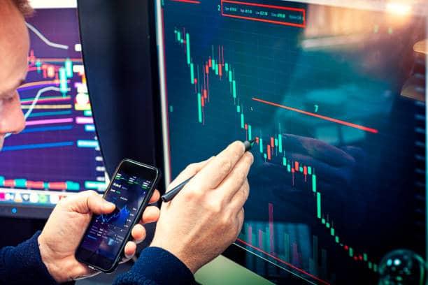 courtier en bourse débuter les cotations boursieres aide gestion de patrimoine argent